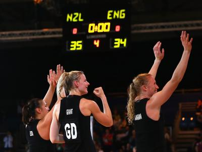 Netballers hold on to make final