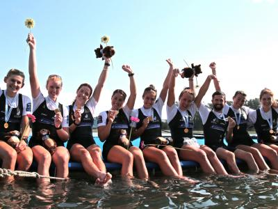 New Zealand creates history with six medals at Rowing World Championships + Molly Meech and Alex Maloney win silver at Yachting World Cup