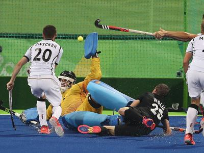 Hockey men have tight battle with Germany