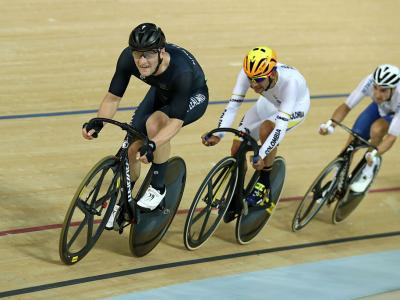 Kennett makes brave bid in omnium