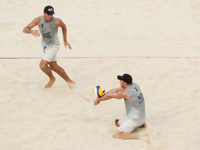 Bronze for beach volleyball pair