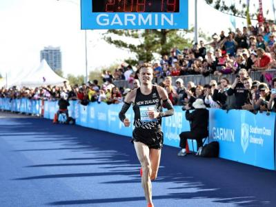 The week that was: Zane Robertson sets NZ marathon record + NZ crews dominate at Henley