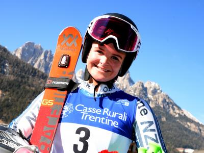 Olympian Alice Robinson crowned Junior World Champion in Giant Slalom