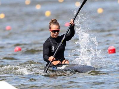 Sprint canoeists claim four golds in Poland while All Blacks Sevens lock in Tokyo 2020