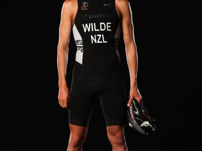 NZ Triathlete Hayden Wilde attempts to run down the one hour national record set by Bill Baillie in 1963
